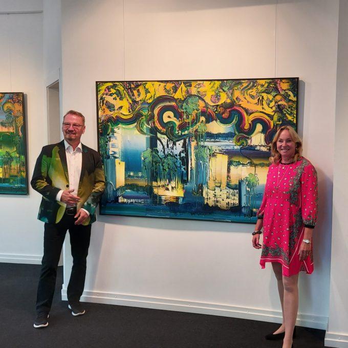 Künstler Dietmar Brixy und Galeristin Barbara von Stechow